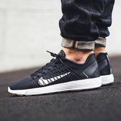 new arrival 0b50d 67ba0 Nike Lunar Flyknit Nike Free Skor, Skor Sneakers, Herrkläder, Skor, Lyx,