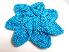 Crochet Flower Applique in Turquoise via Etsy