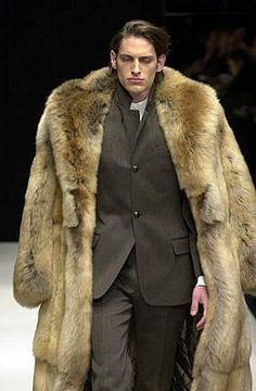 János Bognár added 60 new photos to the album: My favorites Furs. Fur Fashion, Winter Fashion, Mens Fashion, Mens Cape, Mens Fur, Grown Man, Well Dressed Men, Fur Collars, Mode Style