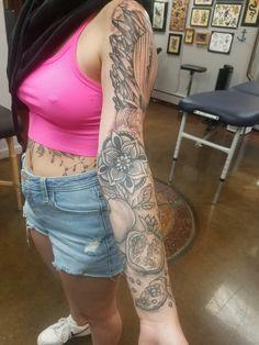 *LOWER HALF HEALED* Tattoo by @alicewhitetattoo on @sarah.bago #healed #mandala #fruit #blackandgrey #tattoo #coastlinetattoo #capecod #ptown #handmade #art #shoplocal Alice White, Line Tattoos, Bago, Creative Studio, Apparel Design, Handmade Art, Black And Grey, Mandala, Fruit