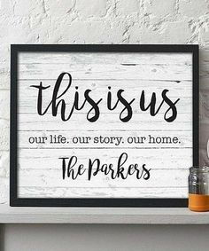 Hypolita This is Us Personalized Print Home Crafts, Diy And Crafts, Family Signs, Family Wall, Family Quotes, Pallet Signs, Pallet Art, Pallet Wood, Diy Signs