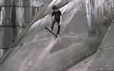 GIF: skateboard fail - www.gifsec.com