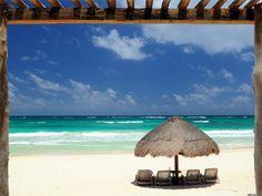 Hip Hotel Tulum é uma bela propriedade projetada para oferecer uma estadia confortável e agradável para quem deseja conhecer a interessante cultura Maya e a beleza de Tulum, além de desfrutar uma experiência inesquecível de romantismo. É o lugar perfeito para esquecer o estresse e ficar totalmente renovado.