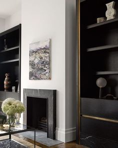 10 Amazing and Unique Tricks Can Change Your Life: Fireplace Screen Apartment Therapy fireplace shelves mantle.Fireplace Shelves Mantle fireplace shelves one side.Limestone Fireplace With Shiplap. Black Fireplace, Home Fireplace, Living Room With Fireplace, Fireplace Surrounds, Fireplace Design, Home Living Room, Living Room Designs, Fireplace Modern, Small Fireplace