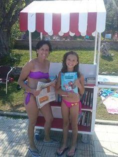 A la Bibliopiscina: llibres, diaris i revistes per llegir a la piscina #esparreguera #quèfemalesbiblios #bibliopiscina