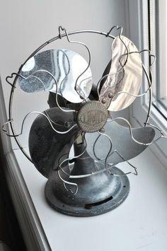 A well traveled woman / vintage fan