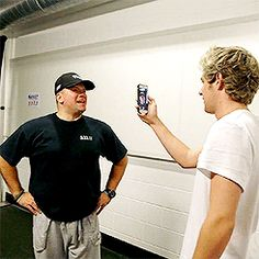 Niall recording 'where we goin today Mark?'