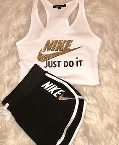 The most current dancewear and high-ranked leotards, swing, valve and ballet shoes, hip-hop apparel, lyricaldresses. Cute Nike Outfits, Cute Lazy Outfits, Swag Outfits For Girls, Girls Fashion Clothes, Sporty Outfits, Teen Fashion Outfits, Teenager Outfits, Dance Outfits, Trendy Outfits