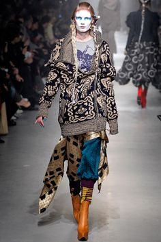Vivienne Westwood Fall 2013 Ready-to-Wear Fashion Show –