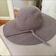Gray Floppy Hat Gray Floppy Hat purchased from Nasty Gal. Worn once and in excellent condition! No trades sorry! Nasty Gal Accessories Hats