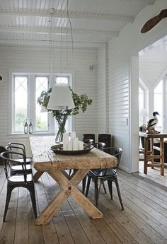 white + wood + rustic farmhouse table love thickness of table top