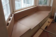Building a Window Seat with Storage in a Bay Window - Pretty Handy Girl Bay Window Bedroom, Bay Window Decor, Bay Window Living Room, Bay Window Storage, Bay Window Benches, Window Seats, Bay Window Seating, Bay Window Dressing, Modern Kitchen Furniture