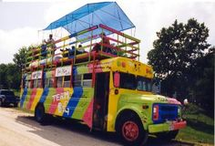 RAGBRAI support vehicles & buses are always an interesting thing to check out! MoRB: Museum of RAGBRAI Buses