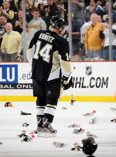 """""""Chris Kunitz of the Penguins gets his second hat trick of the season on Sock Monkey Night -- Hey, I was right! Mock Sonkey Night is DOPE. Pens Hockey, Hockey Teams, Ice Hockey, Hockey Stuff, Hockey Rules, Hockey Puck, Sports Teams, Chris Kunitz, Worst Injuries"""