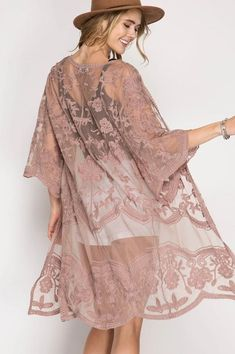 Crochet Duster – The Dainty Cactus Boutique Spring Fashion, Girl Fashion, Womens Fashion, Look Rose, Lace Cardigan, Brown Cardigan, Oscar Dresses, Lace Kimono, Lace Sleeves