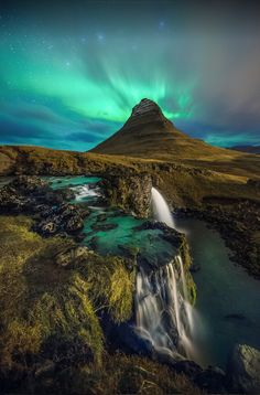 Photos of the most beautiful places to visit in Iceland Places To Travel, Places To See, Small Places, Places Around The World, Around The Worlds, Beautiful World, Beautiful Places, Amazing Places, Amazing Photos