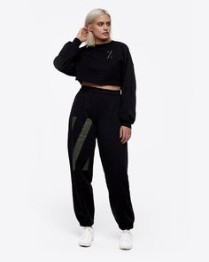 highwaisted-z-graphic-sweatpant