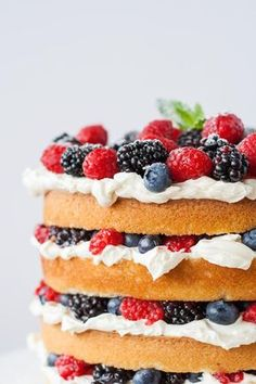 This Very Berry Layer Cake makes the perfect use of those summer berries! Layers of vanilla cake, swiss meringue buttercream, and loads of fresh berries. Easy Cake Recipes, Cupcake Recipes, Easy Desserts, Sweet Recipes, Baking Recipes, Delicious Desserts, Cupcake Cakes, Dessert Recipes, Yummy Food