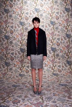 Balenciaga Pre-Fall 2011 Fashion Show - Eliza Cummings