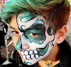Costume Halloween, Halloween Make Up, Halloween Face Makeup, Halloween Ideas, Skull Painting, Face Painting Designs, Body Painting, Sugar Skull Face Paint, Sugar Skulls