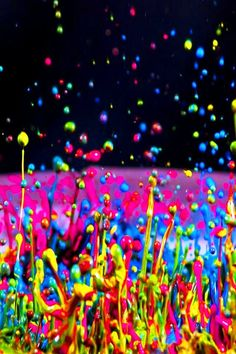 Colorful Neon Paint Splash                                                                                                                                                      Más