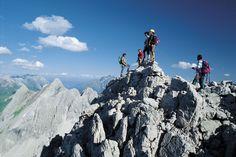 Traumhafte Aussichten :) Mount Everest, Mountains, Nature, Travel, Ski, Fishing, Swim, Summer, Voyage