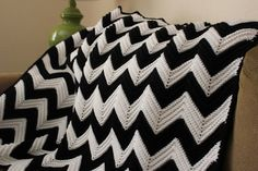Chevron Crochet Blan...