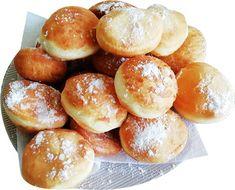 Gogosi pufoase cu zahar pudra   Retete culinare gustoase Pretzel Bites, Bread, Food, Sweets, Brot, Essen, Baking, Meals, Breads
