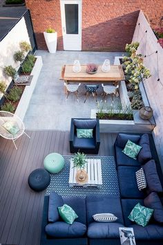 6 The Best Small Terrace Design Ideas For Your Minimalist Home Small Patio Design, Small Space Design, Terrace Design, Deck Design, Garden Design, Landscape Design, Small Backyard Landscaping, Backyard Patio, Landscaping Ideas