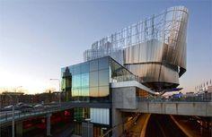 Stockholm Waterfront: il centro congressi in acciaio inossidabile progettato da White Arkitekter