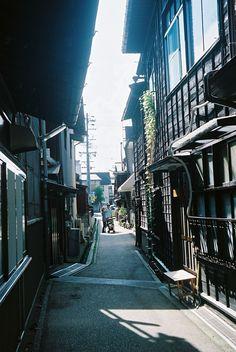 Alleyway | Flickr - Photo Sharing!
