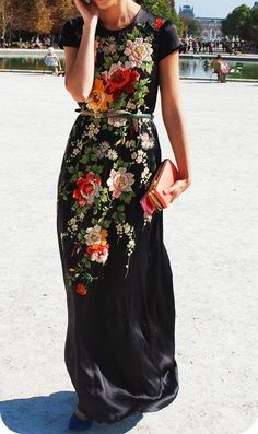 Black Floral Maxi Dress #streetstyle