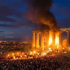 Summer begins! The Beltane fire festival on Edinburgh's Calton hill is a modern reinterpretation of ancient gaelic rites and rituals. May 1 lies midway between the spring and summer solstice. Over 300 volunteers took part in the event from sunset to early morning dramatically telling the pagan folklore with a lot of fire