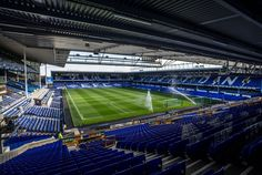 Interior Goodison Park, Liverpool, Inglaterra. Capacidad 40.103 espectadores, Equipo local Everton F.C.