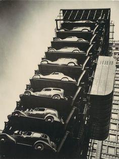Elevator Garage, Chicago, photo by    John Gutmann,1936.