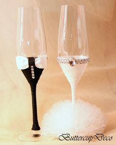 Wedding Glasses Set of 2 hand decorated Champagne by ButtercupDeco