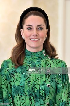 Kate Middleton and Prince William arrived in Dublin for their three-day tour of Ireland. For the royal engagement, the Kate Middleton embraced the country's national colour of green by wearing several shades of it. Prince William Et Kate, William Kate, Princess Kate Middleton, Kate Middleton Style, Bruce Lee, Duchesse Kate, Herzogin Von Cambridge, Style Royal, Catherine Walker