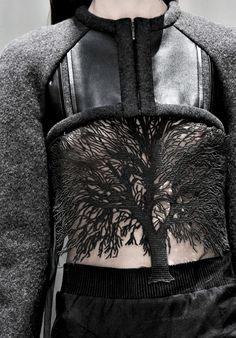 Cropped Jacket - mixed materials & tree detail - nature in fashion; wearable art; structured fashion details // Gloria Coelho