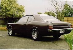 I love the old classics 1973 ford cortina Aussie Muscle Cars, American Muscle Cars, Ford Motor Company, Ford Classic Cars, Old Fords, Classic Motors, Ford Escort, Car Ford, Amazing Cars