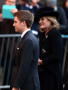 New Duke of Westminster Hugh Grosvenor arrives with his mother Natalia Grosvenor, Duchess of Westminster for the memorial service for his father, Duke of Westminster at Chester Cathedral on November 2016 in Chester, England Duchess Of Cornwall, Duchess Of Cambridge, Hugh Grosvenor, Van Cutsem, Chester Cathedral, British Nobility, Caroline Kennedy, Beautiful Men Faces, Young Prince