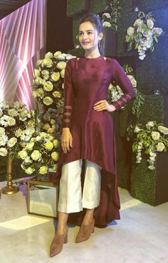 Super Party Dress For Women In India Ideas Pakistani Dresses, Indian Dresses, Indian Outfits, Stylish Dresses, Casual Dresses, Fashion Dresses, Indian Attire, Indian Wear, Valentino