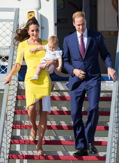 April 16, 2014: The Royal Tour has arrived in Australia! Kate is wearing a custom yellow and white colour blocked dress by Roksanda Ilincic, her LK Bennett heels and wearing her Annoushka pearl earrings and a pendant necklace by Mappin and Webb.