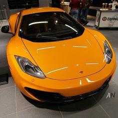 McLaren MP4-12C. Fresh!...