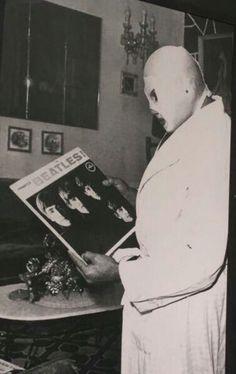 Mis Dos #1 : The Beatles y El Santo.