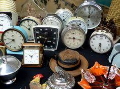 Flohmarkt Paris hat folgende Stichwörter: Paris. Alarm Clock, Paris, Flea Markets, Wall, Home Decor, Viajes, Pictures, Projection Alarm Clock, Montmartre Paris
