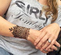 tattoo templates women henna tattoo on the arm decent idea for women's girlish . - tattoo templates women henna tattoo on the arm decent idea for women's girlish … , - Tattoo Diy, Tattoo Henna, Wrist Tattoos, Henna Art, Full Tattoo, Sun Tattoos, Mehndi Art, Mandala Tattoo, Ankle Tattoo