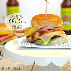 Hawaiian Chicken Burger Sliders - The Cookie Rookie