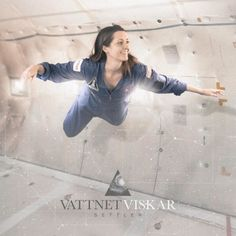 New Hampshire's post-black metal band VATTNET VISKAR unveils the cover artwork for 'Settler', posts track-listing