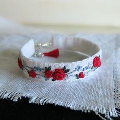 Rosa roja textil arte pulsera