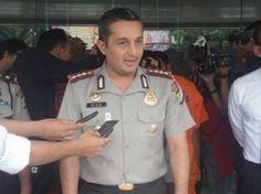 Polres Metro Tangerang Kota menggelar Press Release terkait pengungkapan dan penangkapan Sdr. STB terkait kasus pembunuhan yang menimpa Sdr. Solih (35 th) dan Ibu Cenil (70 th) di Wilayah hukum Polsek Neglasari Kota Tangerang.